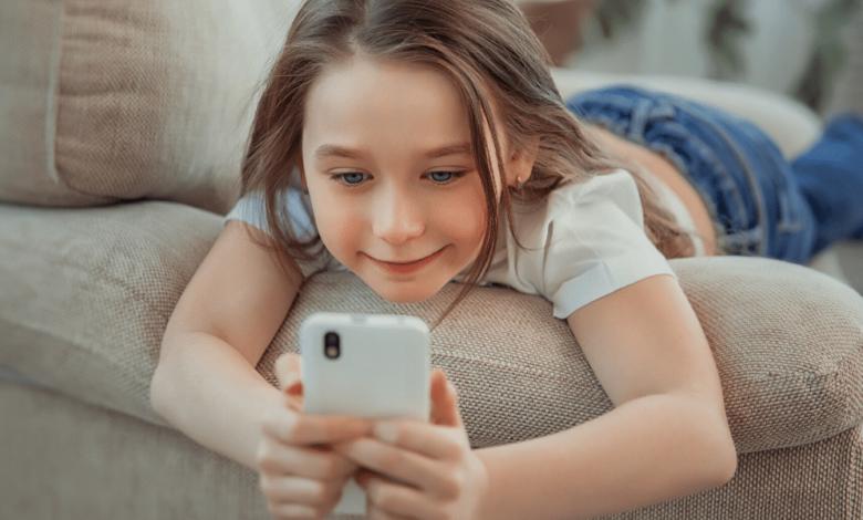 Tiktok décide d'améliorer la confidentialité pour ses plus jeunes abonnés