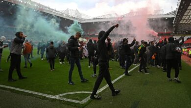 Photo of Premier League : Le match Manchester United-Liverpool reporté après des manifestations !